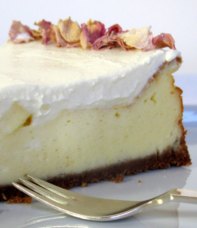 "From my private ""Cheesecake Factory"": New York Cheesecake ""Deli Style"" with Sour Cream Topping"