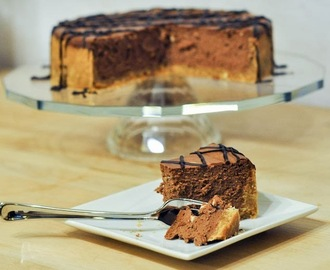 Chocolate Cheesecake with Peanut Butter Crust {Recipe}