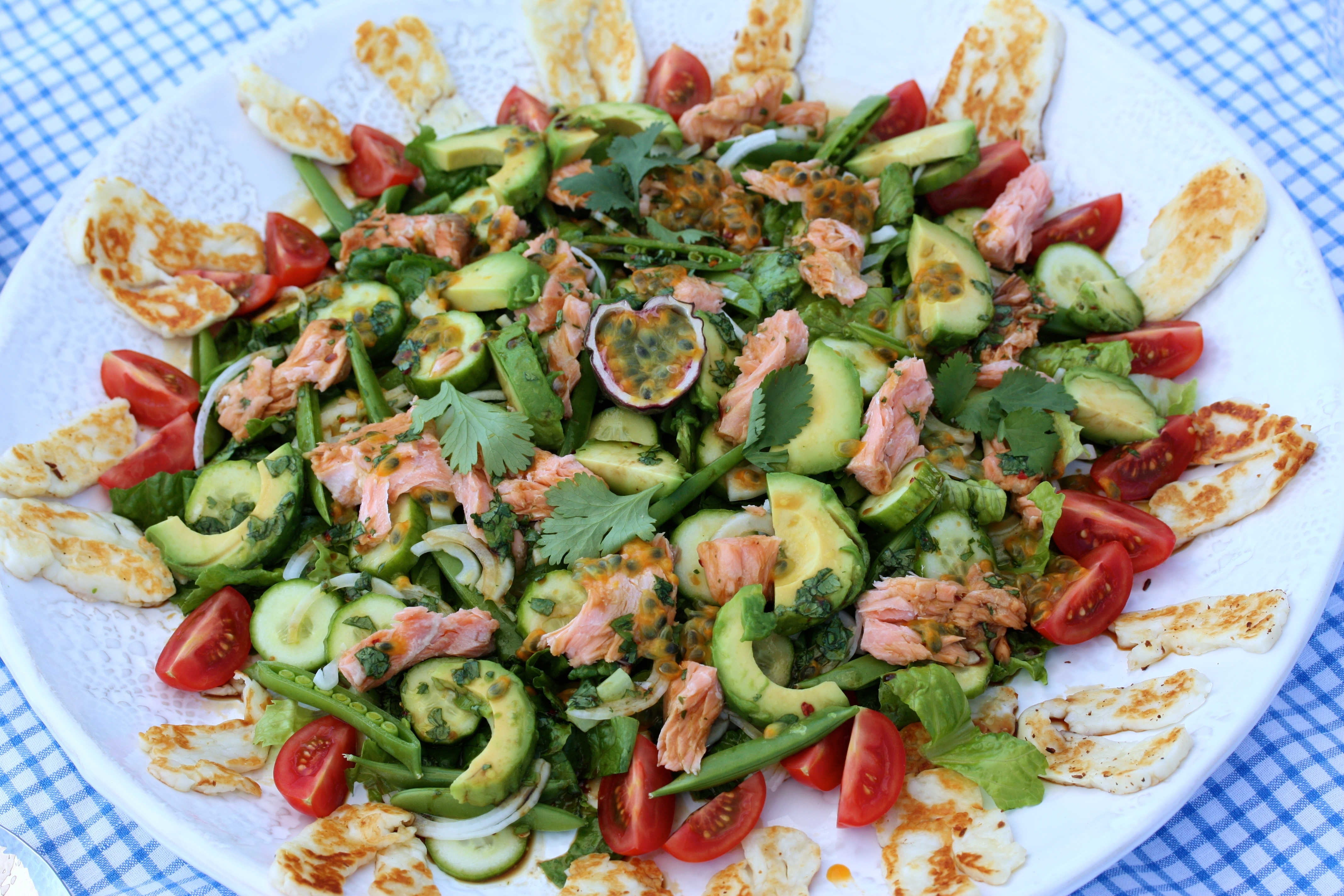 Awesome Salmon & Passion fruit Salad with Cilantro Dressing – Fantastisk Lax & Passionsfrukts Sallad med Koriander Dressing