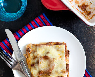 The Best Meat Lasagna Recipe {Plus 2 GIVEAWAYS} #Recipes4Romance