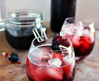 Hibiscus Cordial {& Hibiscus Flowers in Syrup}