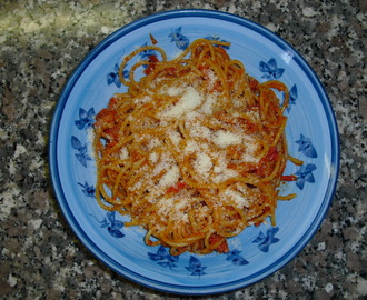 Le ricette PerdiPeso - Bucatini all'amatriciana