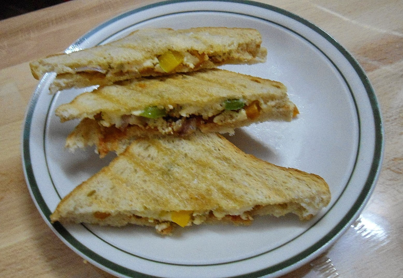 Paneer & Capsicum Sandwich | Easy Breakfast Recipe