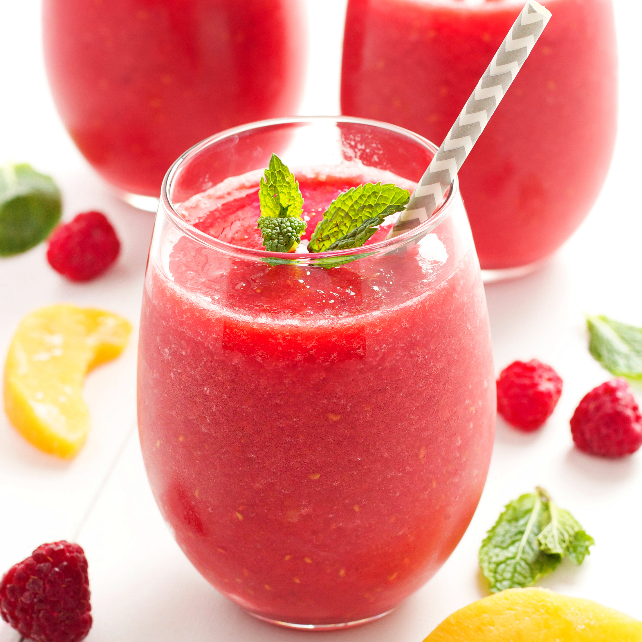 Raspberry Peach Green Tea Smoothie
