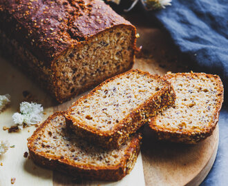 How to make the Most Simple Healthy Seed Loaf Bread