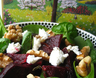 Beet, Walnut and Baby Spinach Salad