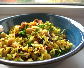 Spiced Rice and Quinoa with Chickpeas and Currants