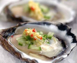 Recipe: Oysters in Gin, Chilli & Lime juice.