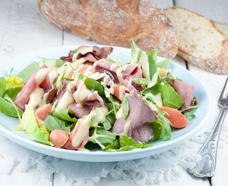 Rosbiefsalade met mosterddressing