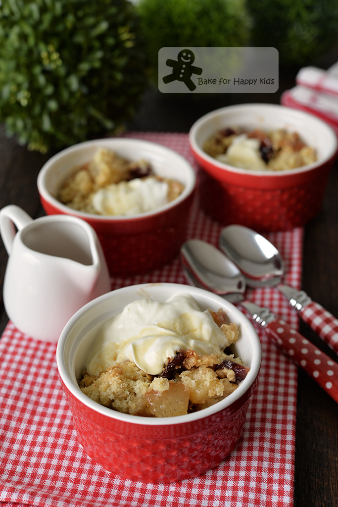 Maple Pear Cranberry Oat Crumble Yogurt - Low Fat, Low Sugar, Quick and Easy
