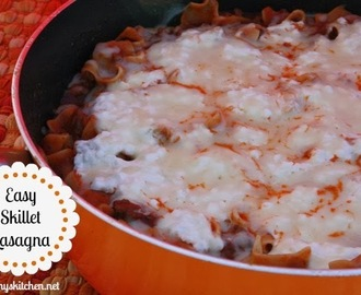 Easy Skillet Lasagna {Perfect Easy Weeknight Meal}