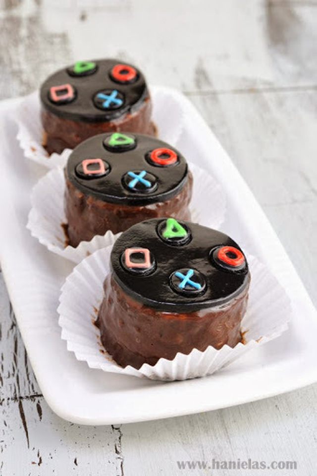 Play Station Controller Buttons Mini Desserts