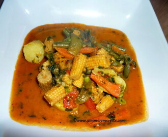 Red Thai Curry with mixed vegetables