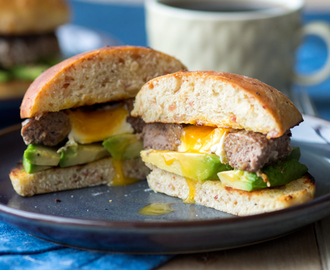 Egg-In-A-Hole Breakfast Burger On Cheddar Bacon Brioche – Stay Full Until Dinner!