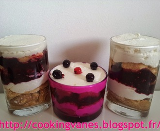 Verrines de tiramisu sans oeufs aux fruits rouges