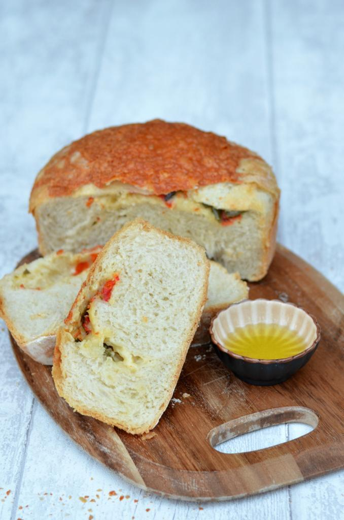 Cheese & Roasted Chilli No Knead Bread