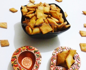 Shakkarpare/ Sweet Diamond cuts/ Shankarpali/ Maida Biscuits
