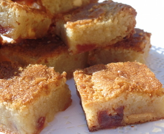 cherry bakewell blondies.