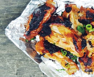 Foil Pack Sriracha Honey Wings
