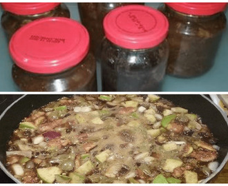 Thanks Nigel: Dark & Sticky Fig and Grape Chutney