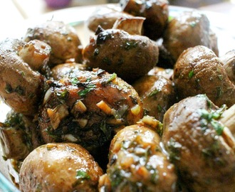 Balsamic Mushrooms with Garlic and Herbs