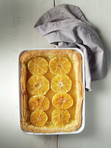 Easy tart with baked oranges