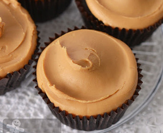 Peanut Butter Chocolate Heaven Vegan Cupcakes