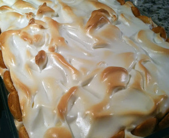 National Award Winning Banana Pudding with a Surprise (& Marshmallow Meringue)