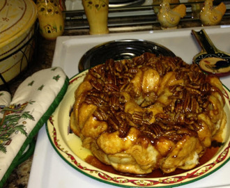 Jessica's Monkey Bread - the recipe that doesn't skimp on the good stuff!