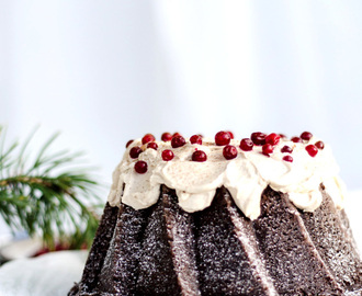 Spicy Chocolate Bundt Cake with Ginger Bread Frosting (Kryddig Chokladkaka med Pepparkaksfrosting)