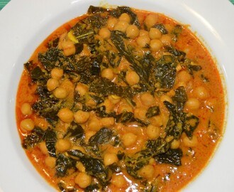 Curried Chickpeas with Kale