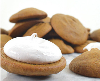 Recipes Marshmallow Fluff-Filled Pumpkin Whoopie Pies and How To Make It?
