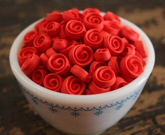 Roses? For Me? {How-to Make Ribbon Roses}
