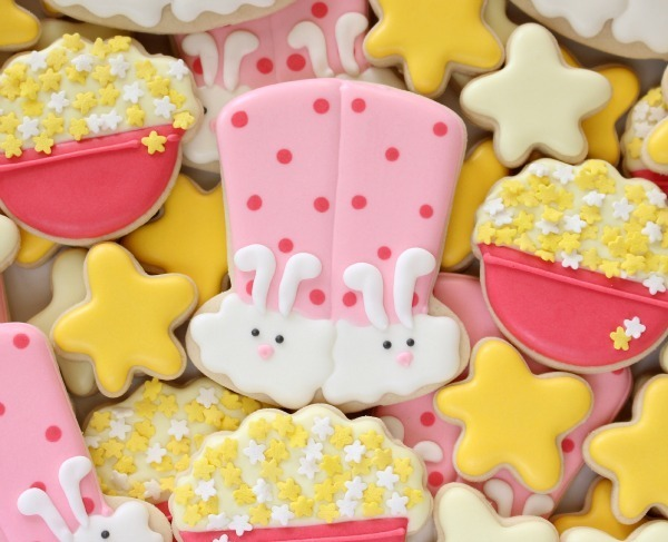 How to Make Bunny Slipper Cookies for a Sleepover