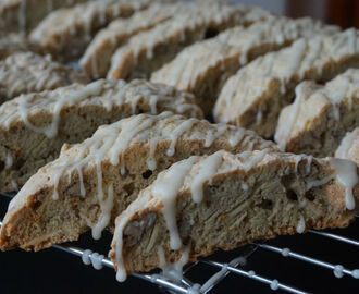 Almond, Pecan & Orange Biscotti & A Giveaway