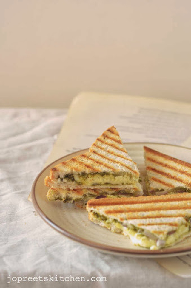 Grilled Paneer Sandwich / Simple Cottage Cheese Sandwich