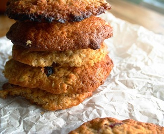 honey, oat and cranberry cookies