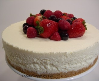 Tarta de chocolate blanco, queso y frutos rojos en Thermomix