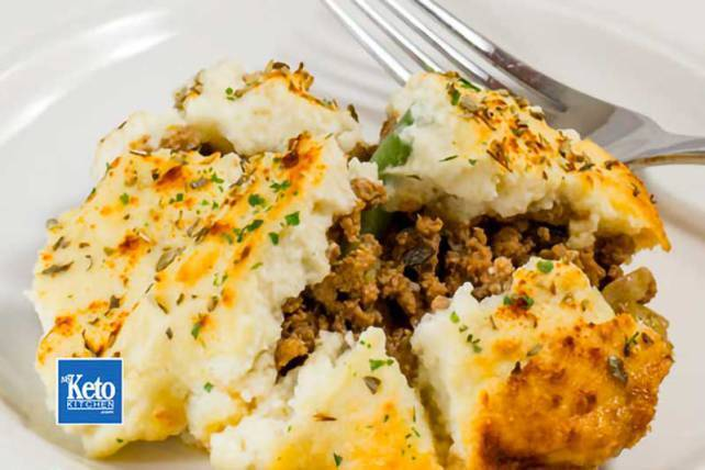 Keto Cottage Pie Recipe – Cauliflower Top & Hearty Beef Filling