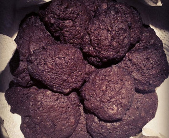 Double Choc Cookies (vegan)