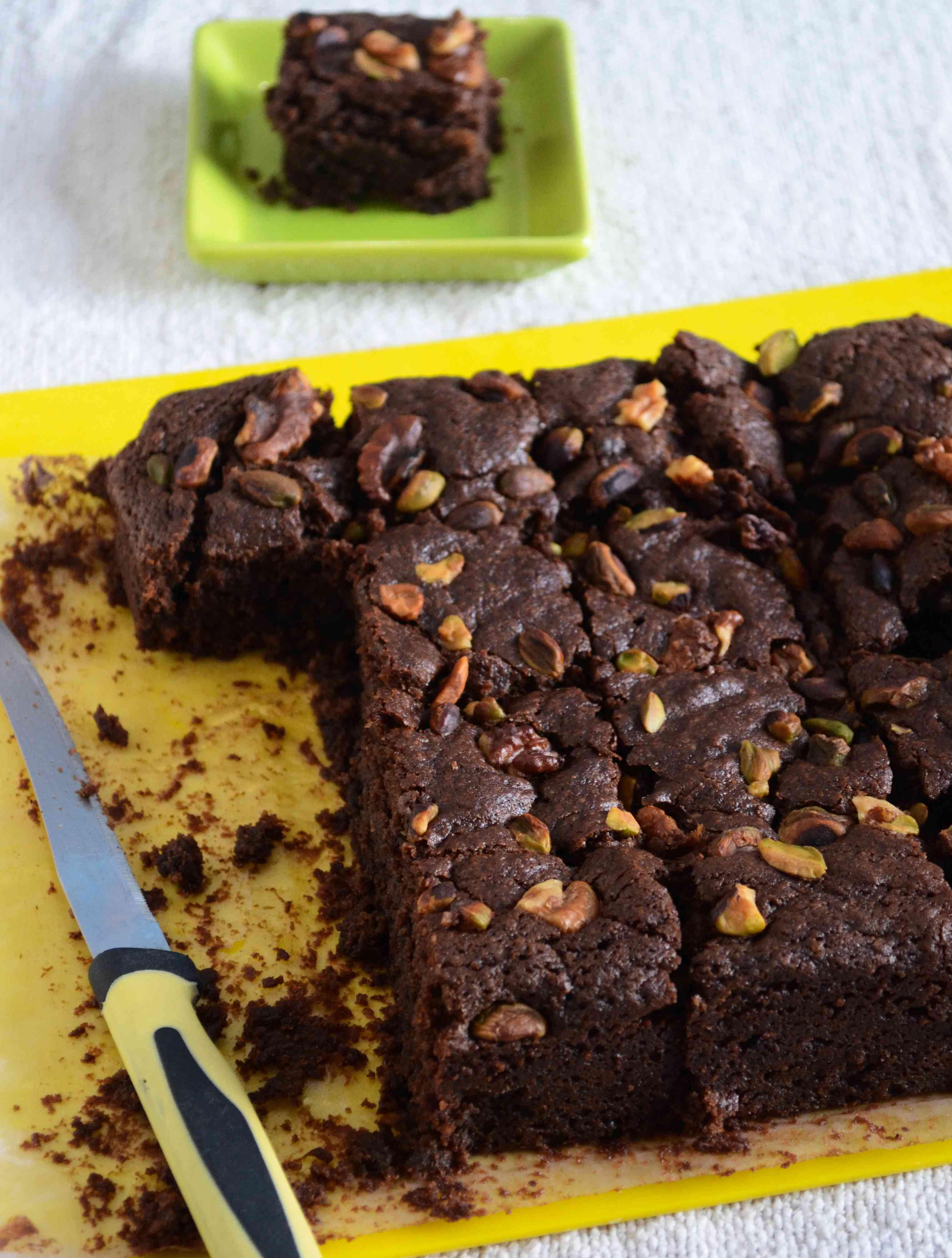 Eggless Chocolate Fudge Brownies