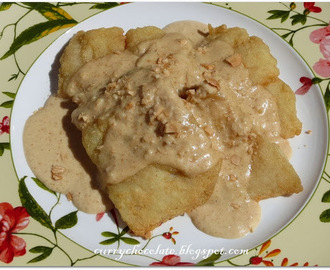 Fillets of sole with almond sauce