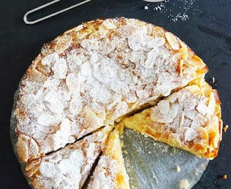 Torta mandorle e ricotta / Cake with ricotta cheese and almonds