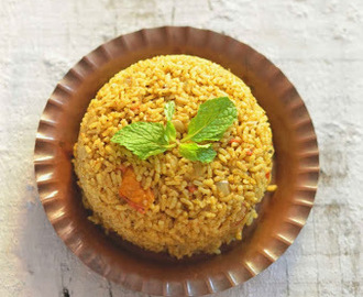 Kuska Biriyani / Plain Biriyani (Without Vegetable or Meat)
