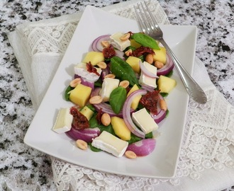 Mangosalat mit Ingwerdressing/ Mango salad with ginger dressing