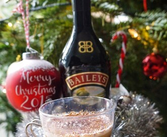 Christmas Coffee – A Baileys Latte