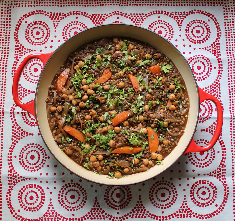 Moroccan-style Lentil Chickpea Stew #SundaySupper