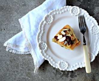 Pear, Almond and Mincemeat Polenta Cake Recipe (gluten-free)
