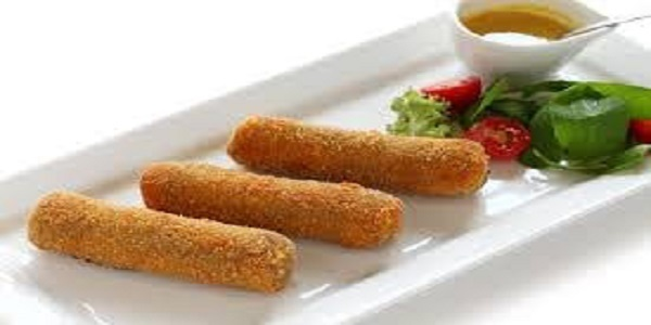 CHICKEN CROQUETTES WITH CHEESE