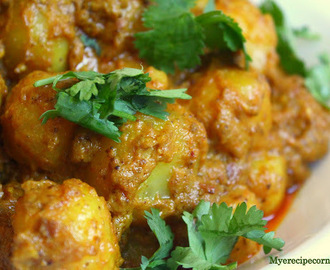 Dum Aloo( Baby Potatoes in Aromatic Cashew Gravy).